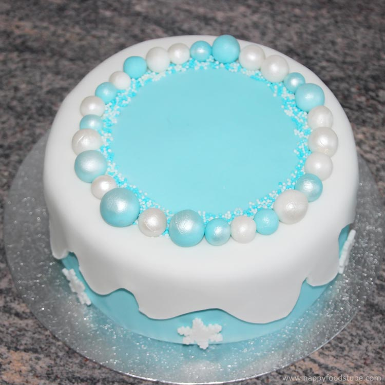 How to make a Disney Frozen Fondant Icing Cake ...