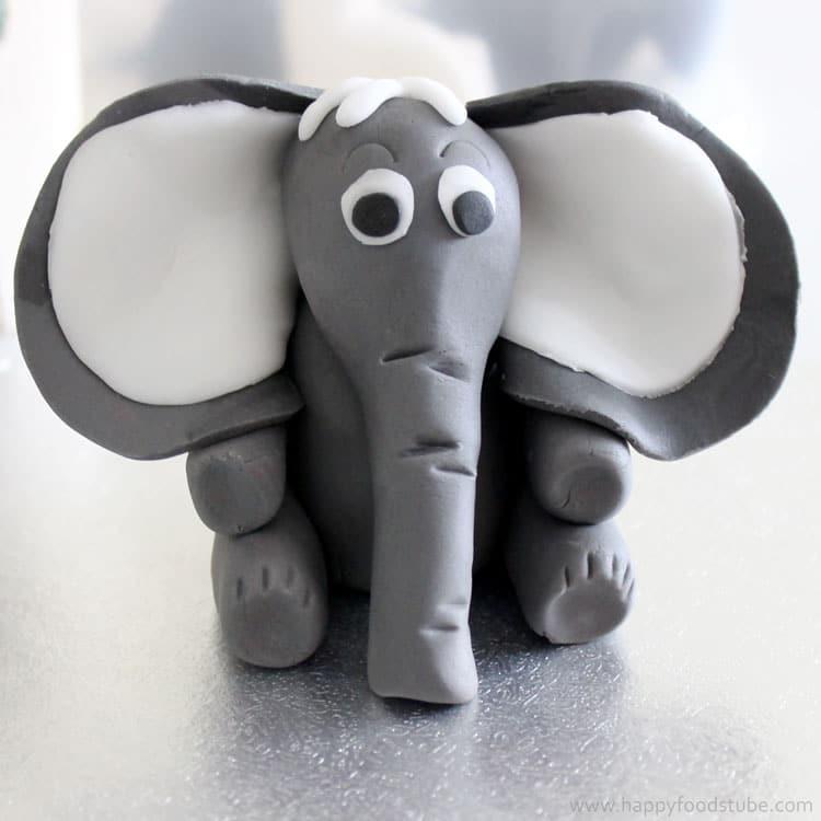 Fondant Icing Elephant Tutorial | happyfoodstube.com