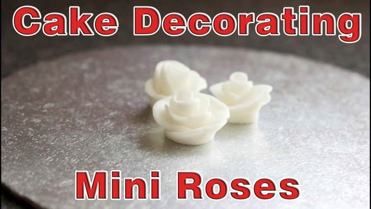 Simple Cake Decorating - Mini Roses | happyfoodstube.com