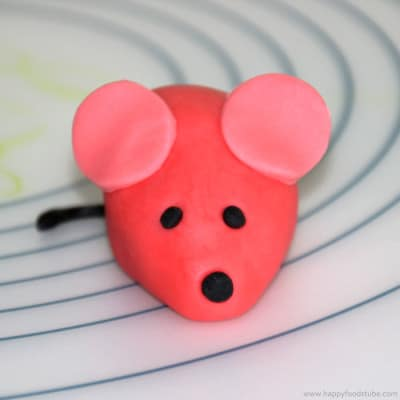 How to make a Sugar Paste Fondant Mouse Cake Topper