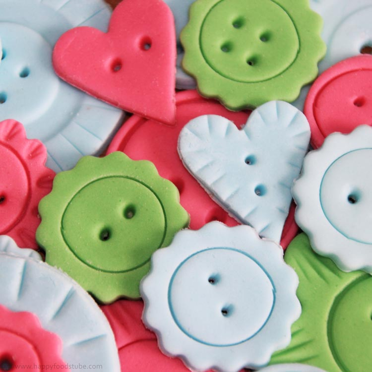 Button Cutter For Cake Decorating