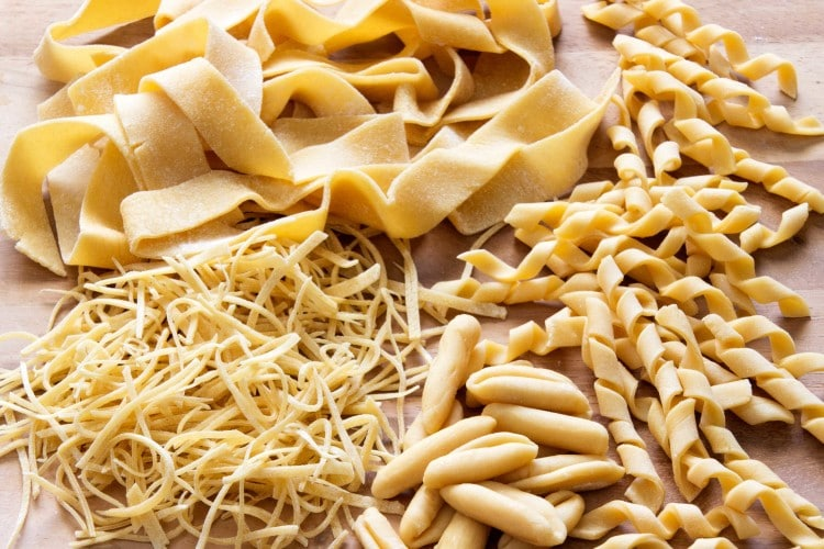 How to Make Pasta Shapes at Home | happyfoodstube.com