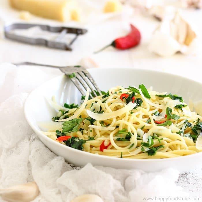 Spicy Spaghetti Aglio Olio & Peperoncino