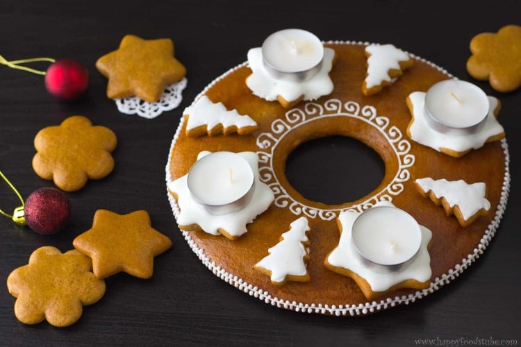 Gingerbread-Advent-Wreath-Ready-for-Christmas