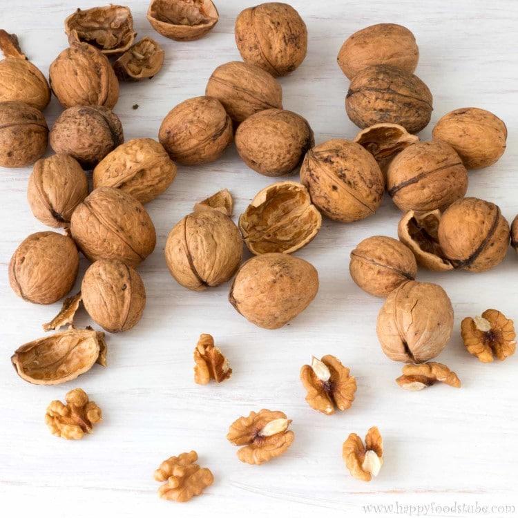 Walnuts | happyfoodstube.com