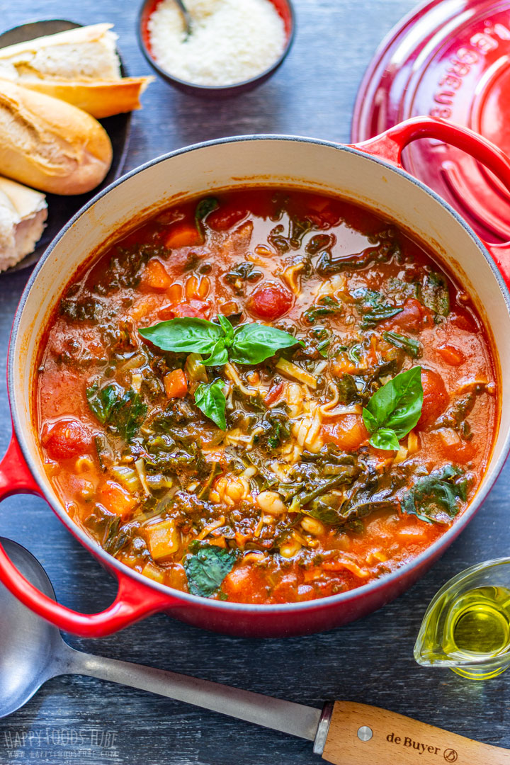 Minestrone soup in the red pot