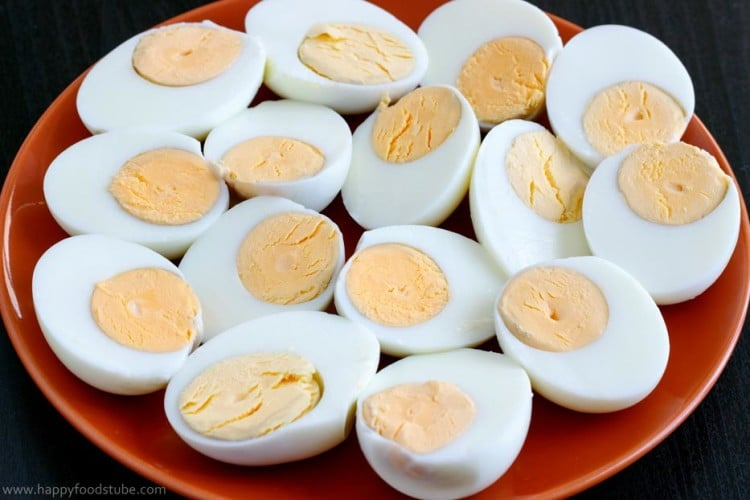 Deviled Eggs Halved | happyfoodstube.com