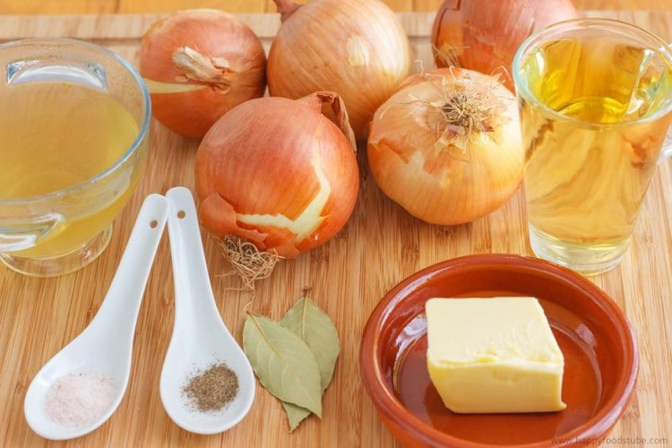 French Onion Soup Ingredients | happyfoodstube.com