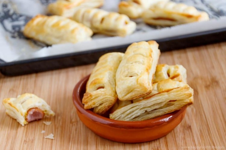 "Frankfurters in Puff Pastry - This is a super easy party snack! Also called ""Pigs in a blanket"" with a sausage roll look. Party food, simple, recipe 