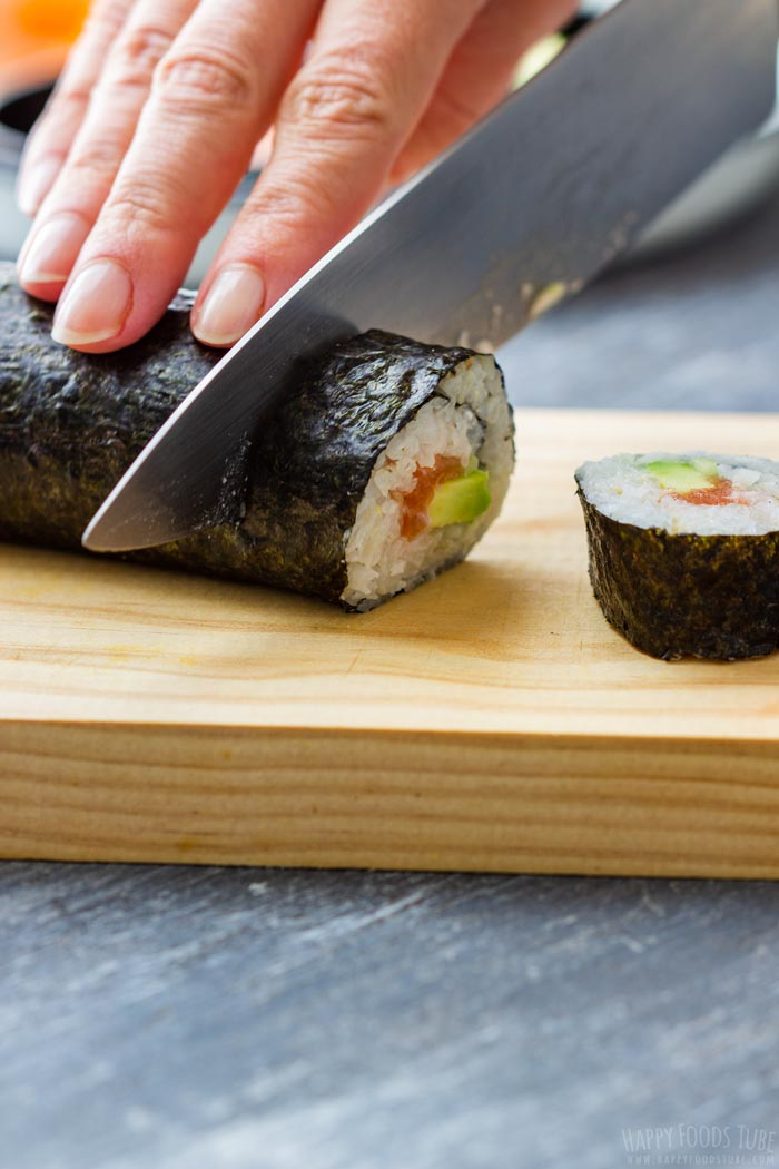 How to make Homemade Sushi Step 6 - Cut your homemade sushi into equally looking pieces