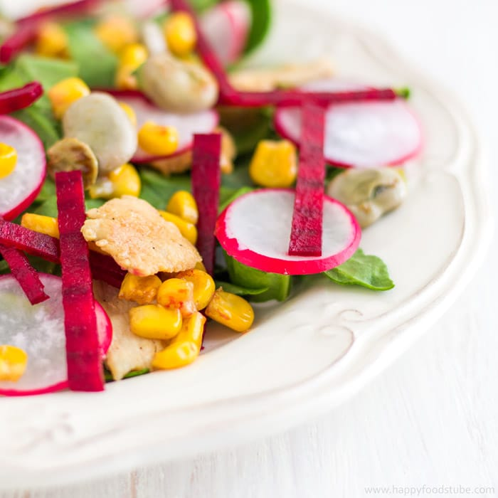 Chicken Salad with Lima Beans, Beets & Spinach - Easy recipe loaded with healthy ingredients. Appetizer packed with vitamins, fibre, minerals, antioxidants and protein ♡   happyfoodstube.com