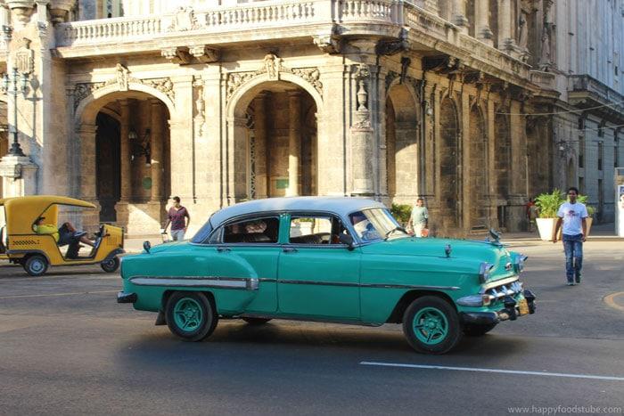 Cuba Havana Vintage Cars | happyfoodstube.com