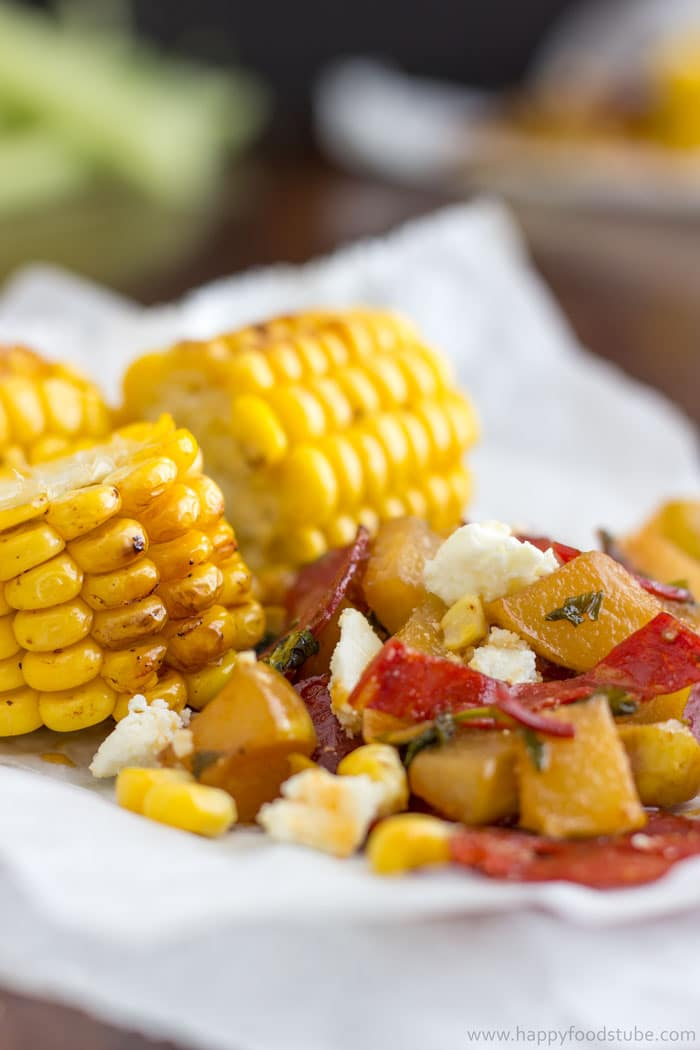 Easy Grilled Corn with Pear Chorizo Salad Recipe. Sweet corn lovers, it's a must-try this summer   happyfoodstube.com