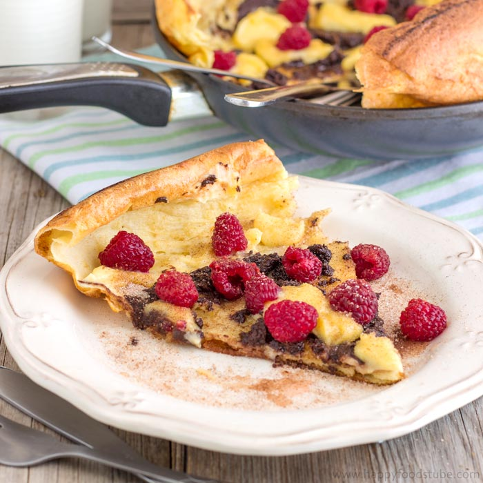 German Pancakes (Dutch Baby Pancakes) | happyfoodstube.com