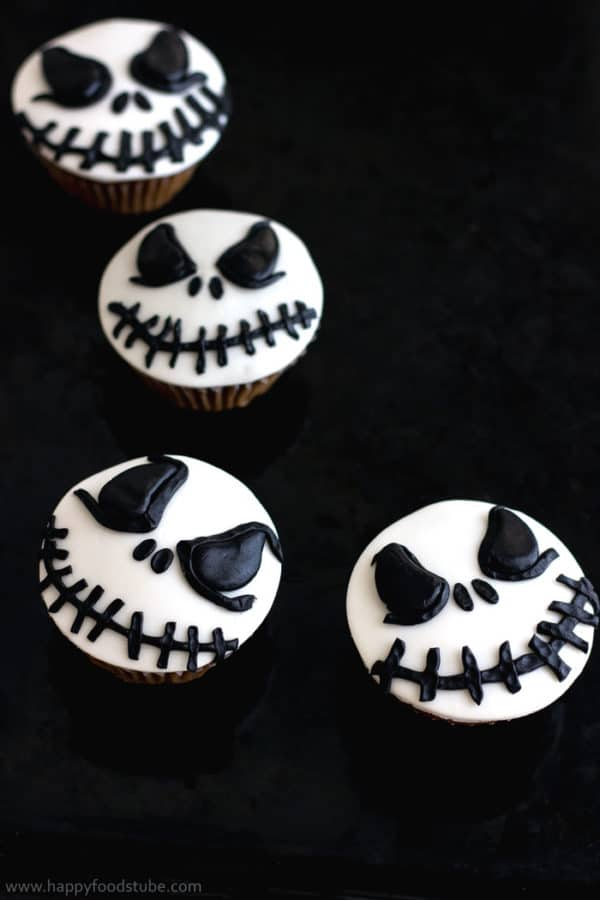 How to make Halloween Fondant Cupcake Toppers Happy Foods Tube