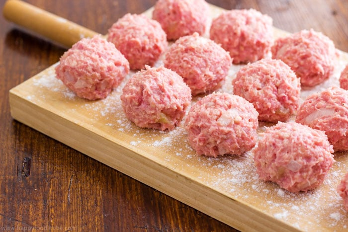 Oven Baked Swedish Meatballs Recipe Step by Step | happyfoodstube.com