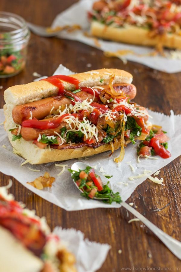 Gourmet Hot Dog with Bacon and Salsa. Easy Homemade Recipes | happyfoodstube.com