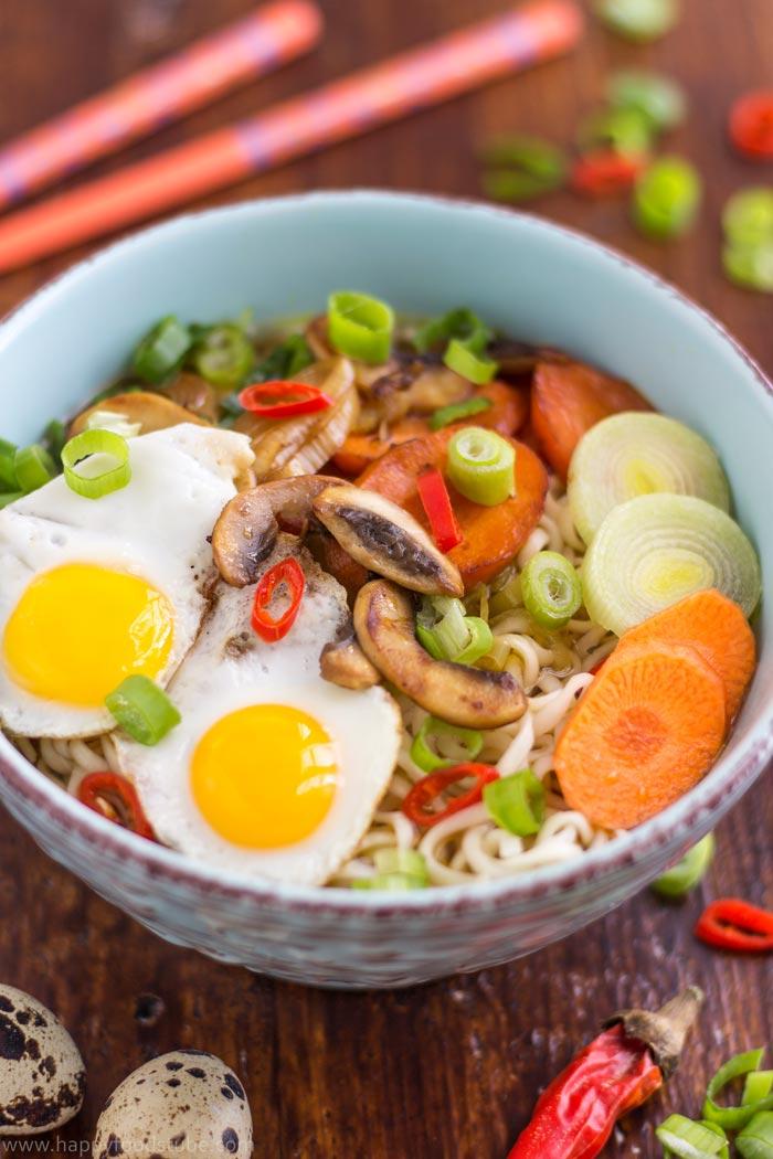 homemade-vegetable-ramen-with-quail-eggs-2