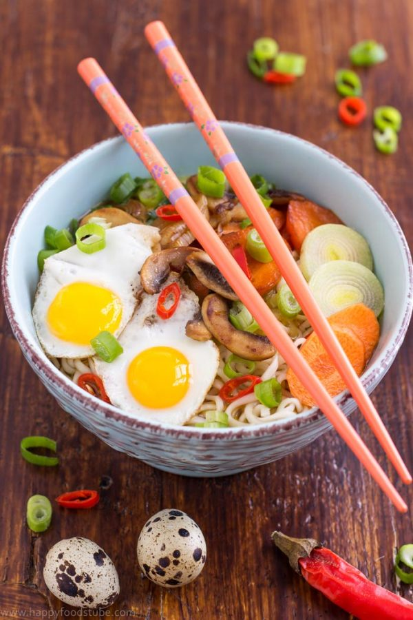 Homemade vegetable ramen with quail eggs recipe | happyfoodstube.com