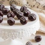 2-Ingredient Dark Chocolate Truffles Recipe