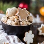 Gingerbread Ice Cream | happyfoodstube.com