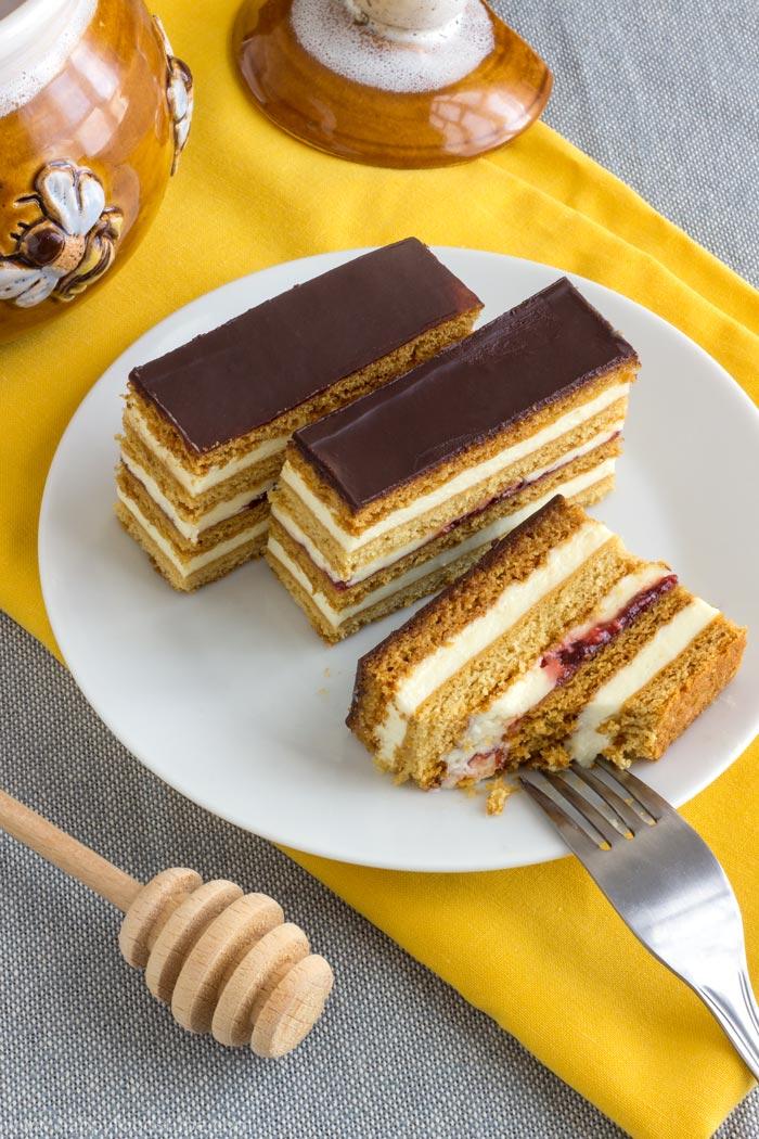 Honey Cake Slices - Slovakian Petit Fours Recipe | happyfoodstube.com