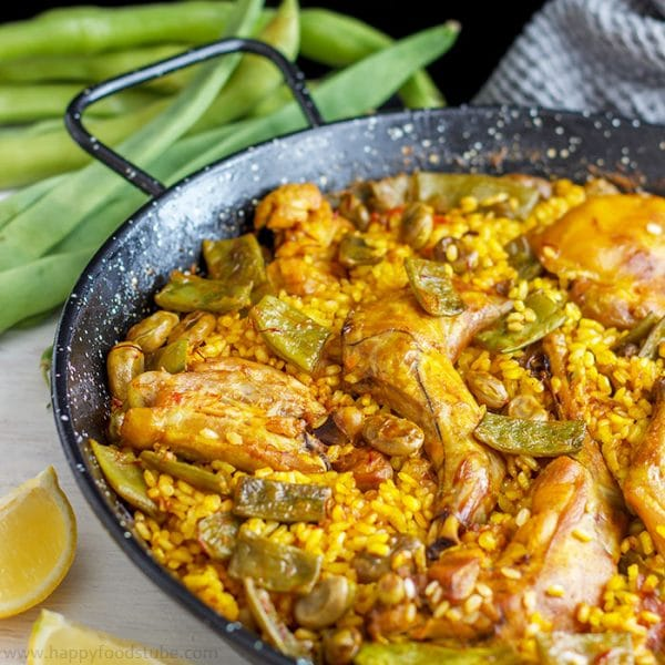 Paella Valenciana - 16 Most Popular Recipes 2016 | happyfoodstube.com