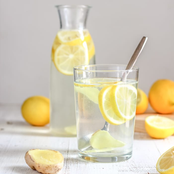 Body Cleansing Lemon Ginger Water | happyfoodstube.com