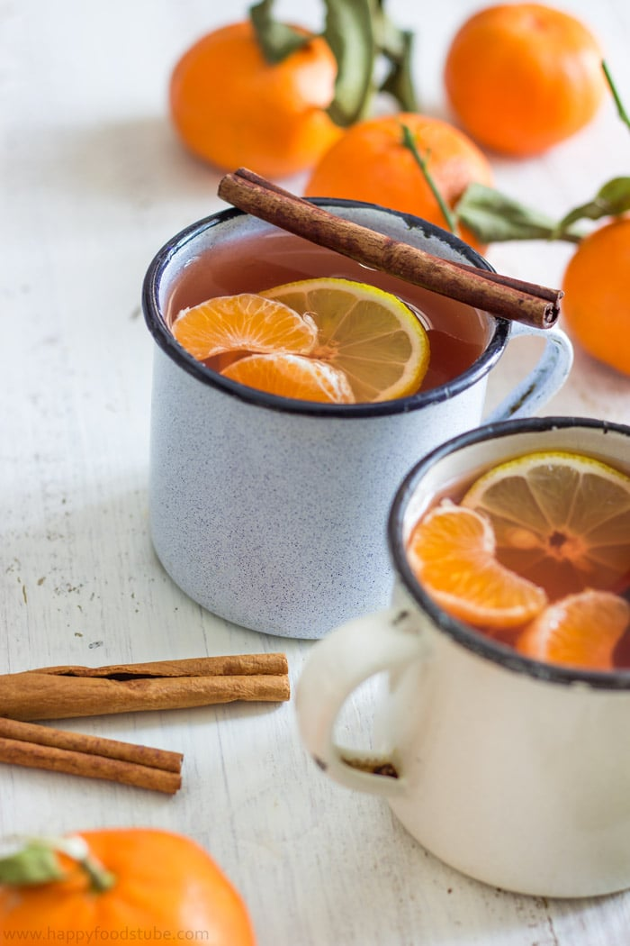 Mulled Mixed Fruit Cider with Mandarins and Rum. | happyfoodstube.com