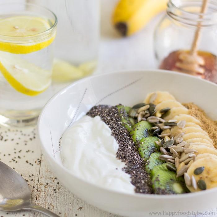 Super Healthy Breakfast Bowl