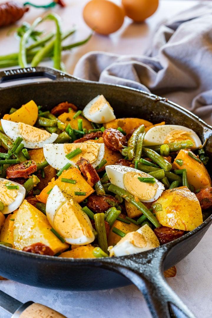 Potato salad with Spanish chorizo, eggs and green beans