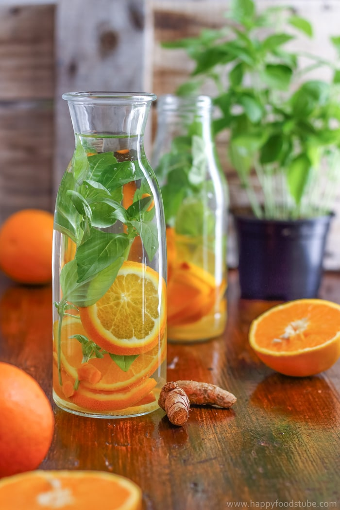 May 14, · To make orange juice with a juicer, cut an orange in half and place it on your juicer, open side facing down. Hold it tightly and twist it to squeeze the juice out. Strain it if you want to remove the pulp, and add a pinch of sugar for a sweeter flavor%(35).