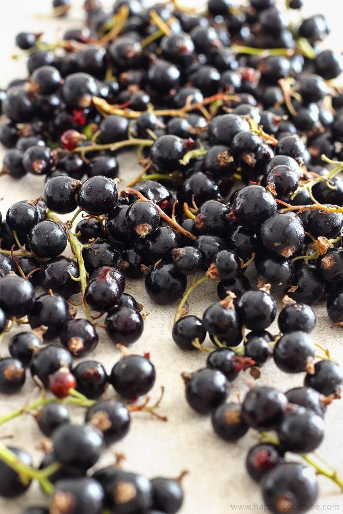 Fresh Blackcurrants for Ice Cream Picture