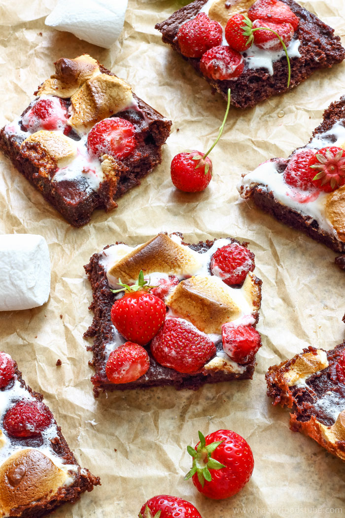 Strawberry Marshmallow Brownies Pic