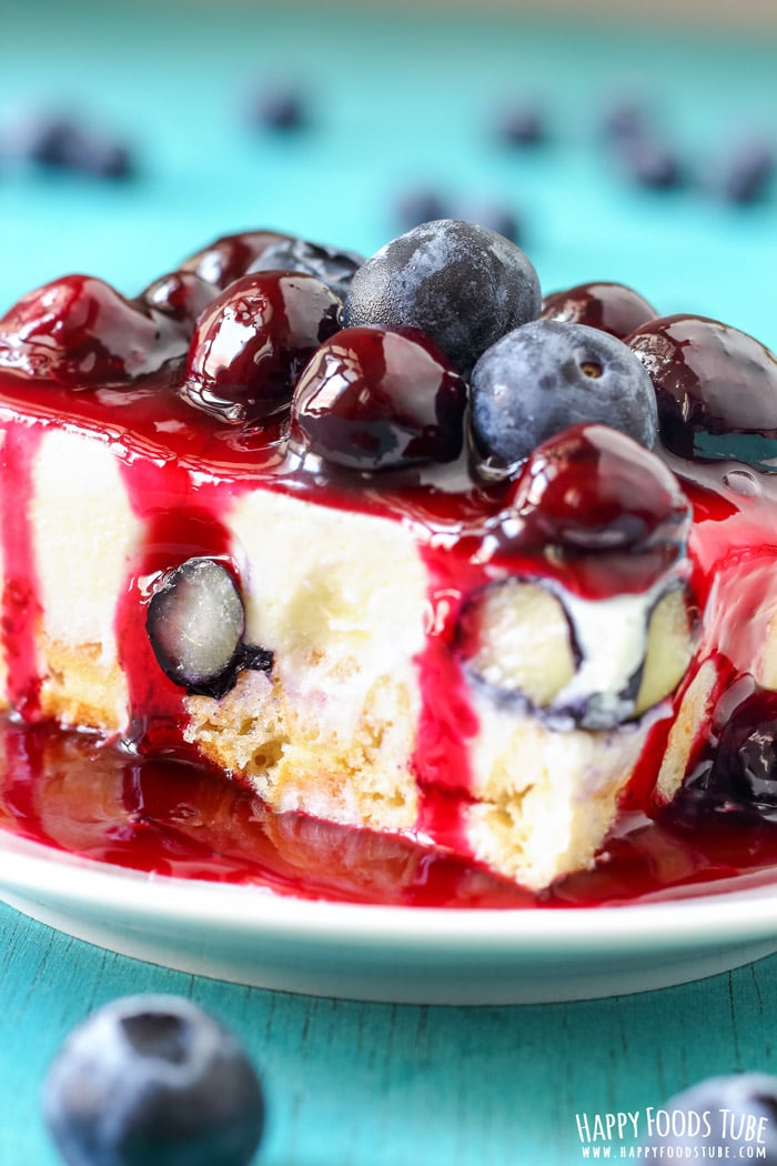 White Chocolate Waffle Cake with Blueberries Pic