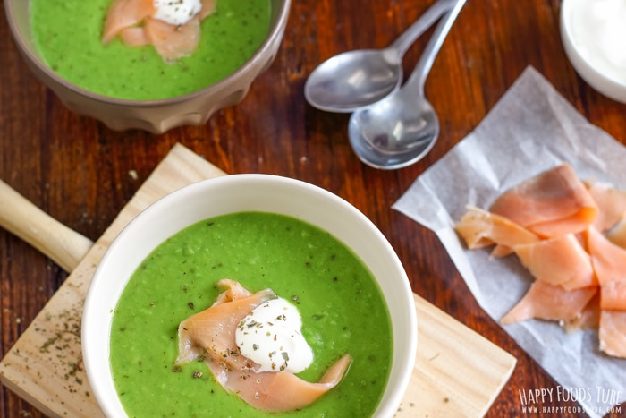 15 Minute Green Pea Soup with Sour Cream Picture