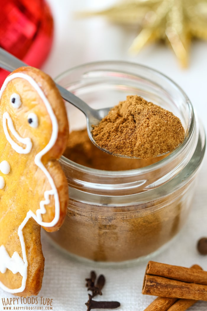 Homemade Gingerbread Spice Mix Closeup Picture