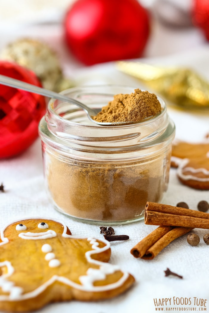 Homemade Gingerbread Spice Mix Jar Picture