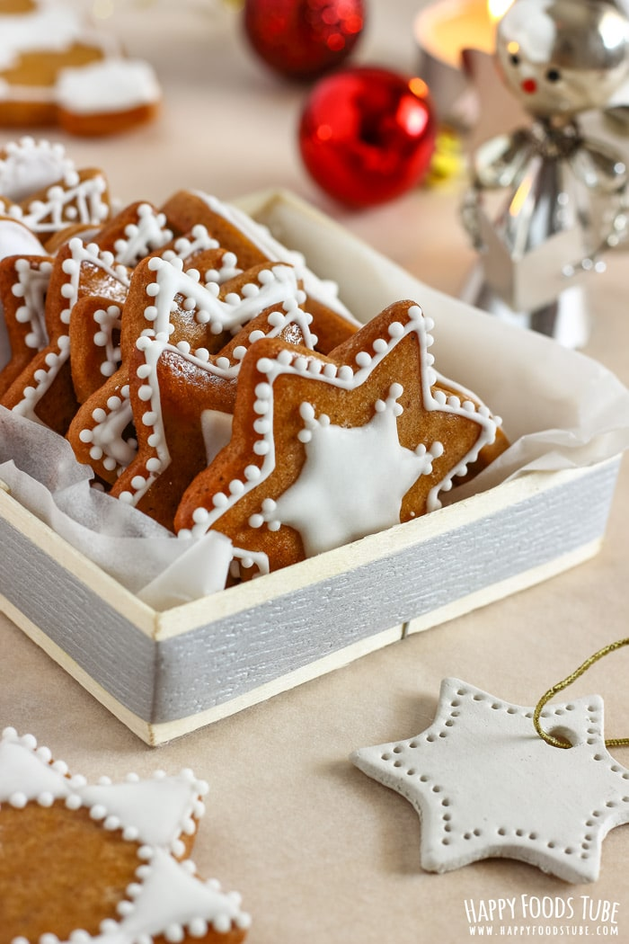Simple Gingerbread Cookies In The Box Picture