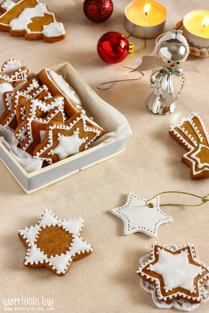 Simple Gingerbread Cookies Pic