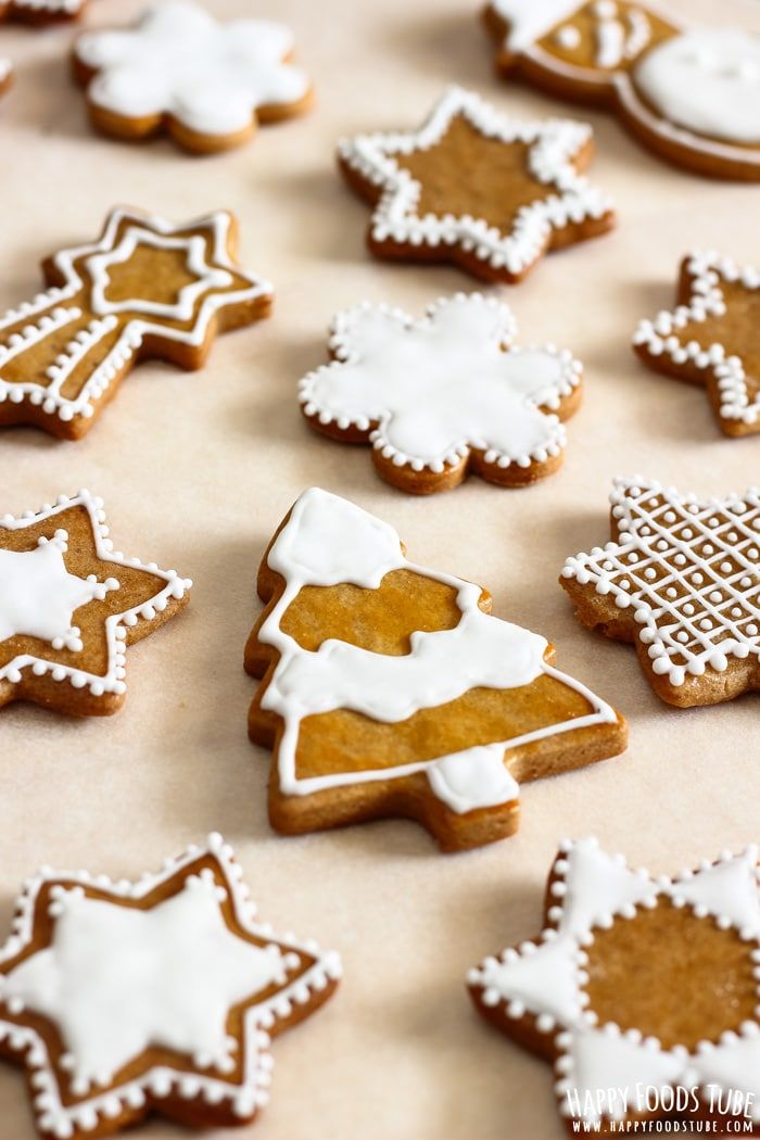 Simple Gingerbread Cookies Picture