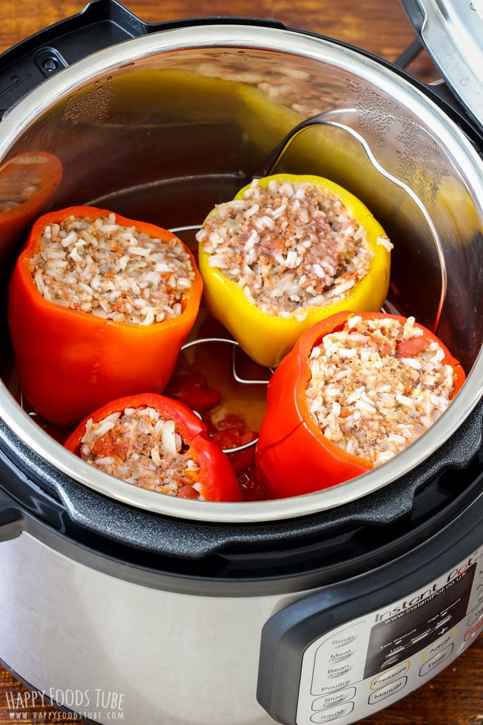 Instant Pot Stuffed Bell Peppers in the pressure cooker