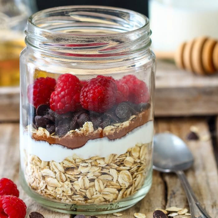 Raspberry Chocolate Chip Overnight Oats