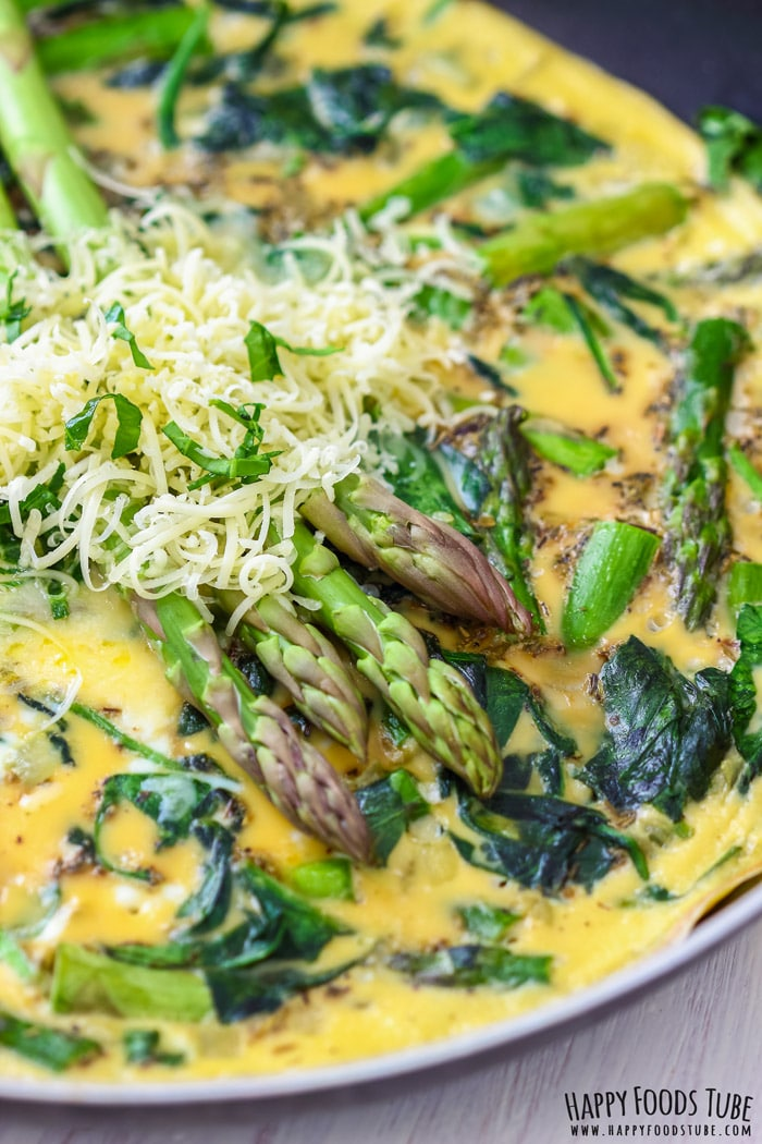 Spinach and Asparagus Frittata closeup