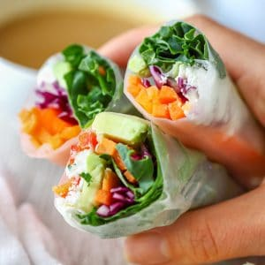 Homemade Vegetarian Fresh Spring Rolls with Peanut Sauce