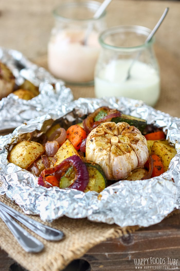 Vegetable Foil Packets with Potatoes, Carrots, Zucchini and Garlic