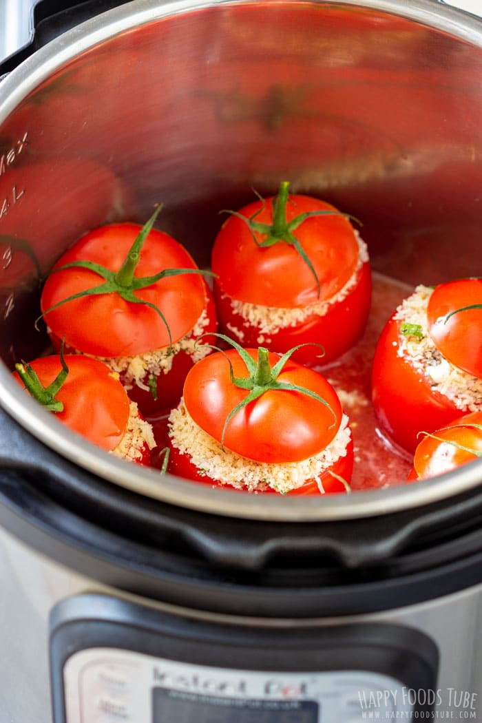 Stuffed Tomatoes in the Instant Pot Pressure Cooker