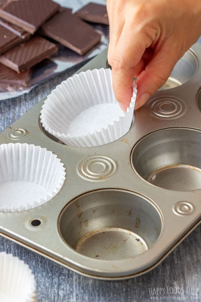 How to Make Dulce de Leche Chocolate Cups Step 1