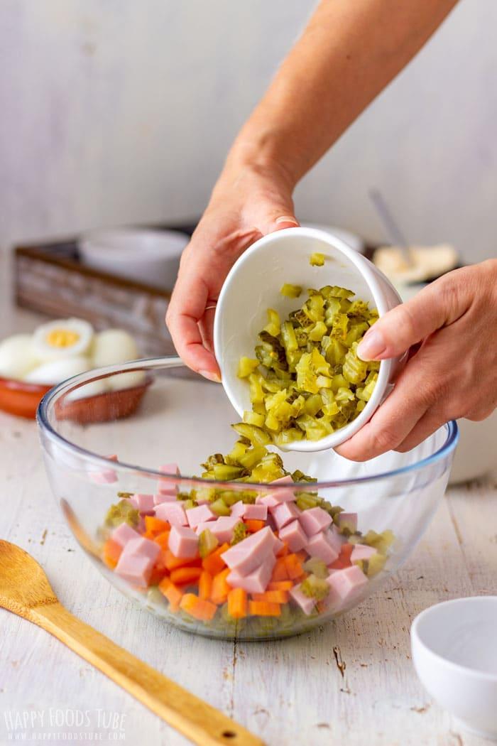 How to Make Creamy Potato and Ham Salad Step 1