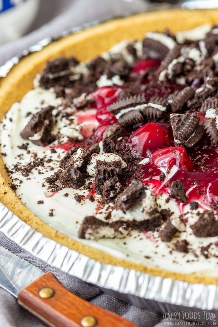 No Bake Cherry Cheesecake Pie Closeup